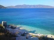Мини-пляж у Агии Ефимии