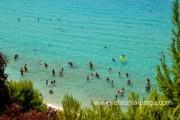 Пляжи Platis Gialos