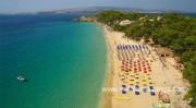 Пляжи Makris Gialos & Platis Gialos