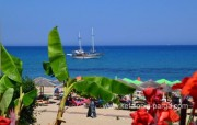Kefalonia hotels: Skala, 2 bedroom apartments, swimming pool, sea view, bar. Skala beach 2 km awa