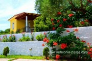 Vila su 2 mieg., bendru baseinu Spartia m., Kefalonija, Graikija