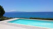 Kefalonia villas: 4 bedroom villa with swimming pool in Pessada