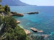 Отели Кефалонии: Спартья, апартаменты с бассейном у моря. Пляж Терманти