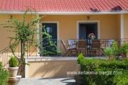 Отели Кефалонии: вилла с 3 спальнями в Ласси возле пляжа Макрис Гиялос. Виллы Кефалония.