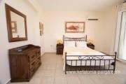 Отели Кефалонии, Трапезаки: вилла с 4 спальнями, бассейном