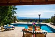 Villa in Trapezaki, 3 bedrooms, private swimming pool