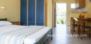 Beach apartments Kefalonia: studios by the sea in Lourdata.Lourdas Kefalonia.Greece vacations.