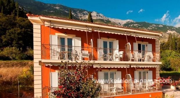 Kefalonia Hotels Beach Apartments In Lourdata Lourdas Greece Vacations