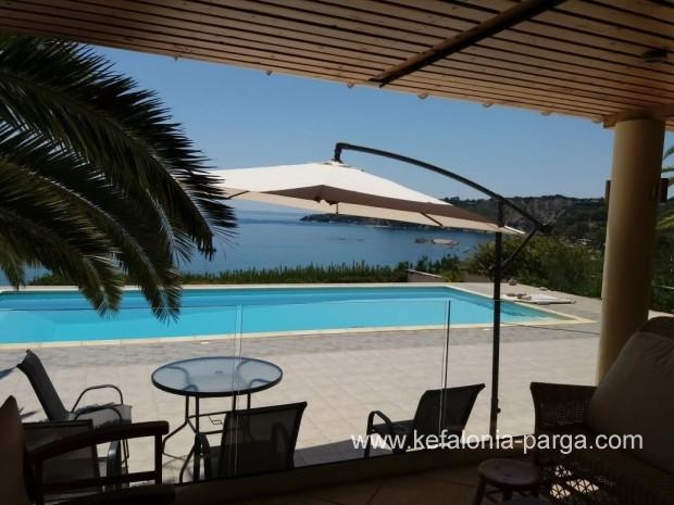 Kefalonia villas: lovely 3 bedroom villa with swimming pool, Kefalonia, Greece. Kefalonia hotels.