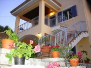 Myrtia apartments , Divarata , Kefalonija