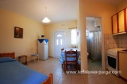 Kefalonia hotels: Spartia apartments, studios. Greece vacations.