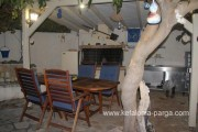 Kefalonia hotels: studios, Lourdata apartments, 550m from Lourdas beach. Greece vacation.