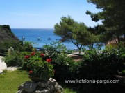 Kefalonia hotels: Spartia apartments, studios by the beach with swimming pool. Greece vacations.