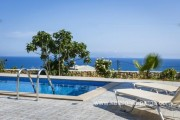 2 bedroom villa in Trapezaki, private swimming pool
