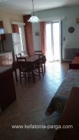 Kefalonia hotels, Lourdata 2 bedroom apartments in a private house. Greece vacations.