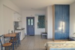 Kefalonia hotels, Lourdata: studios, 2 bedroom apartments 500 m from Lourdas beach.