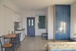 Отели Кефалонии, Лоурдата: студии, апартаменты c 2 спальнями 500 м от моря. Пляж Лоурдас.