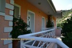 Kefalonia hotels: 1 bedroom beach apartments in Lassi.Greece vacations.Regina apartments