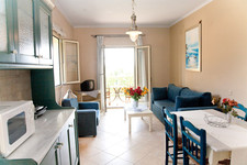 medi-livingroom-big