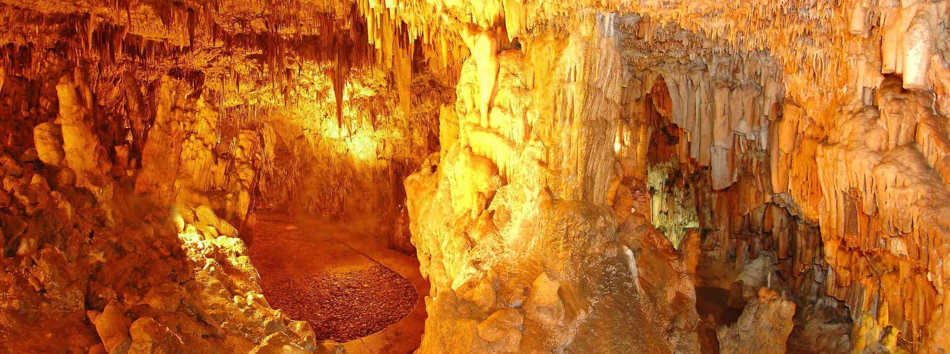 Достопримечательности Кефалонии: пещера Дрогарати. Греция отдых.